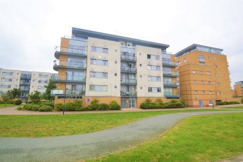 1 bedroom flat for sale - Miles Close, London, SE28 8EL