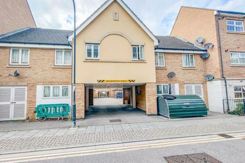 3 bedroom terraced house for sale - Pettacre Close, West Thamesmead