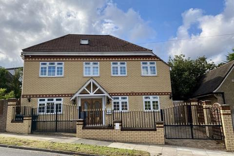 6 bedroom detached house for sale - Manor Drive, Whetstone