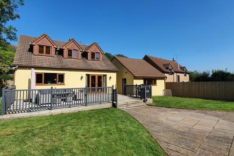 5 bedroom detached house for sale - Beautifully presented four bedroom home- Winford