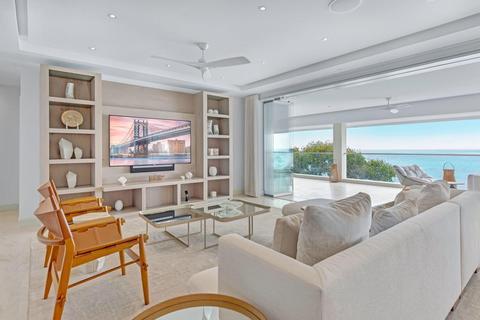 6 bedroom flat - Saint Michael, , Barbados