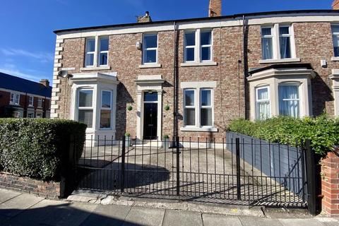 3 bedroom end of terrace house for sale - Lovaine Place, North Shields