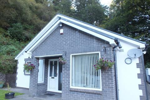 3 bedroom bungalow for sale - Hillside, Old Blaina Road, Abertillery. NP13 2EB