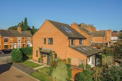 5 bedroom detached house for sale - Manor Brook Close, Donington Le Heath, Coalville