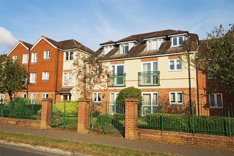 1 bedroom flat for sale - Wakefield Court, Horsham