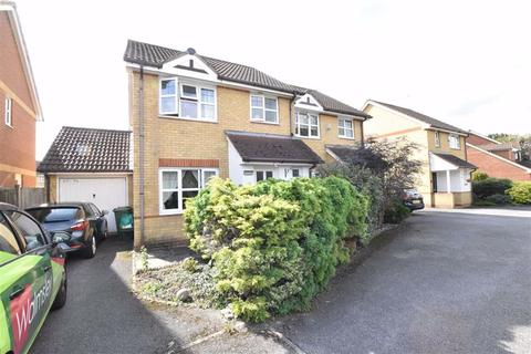 3 bedroom semi-detached house to rent - Morton Place, Theale