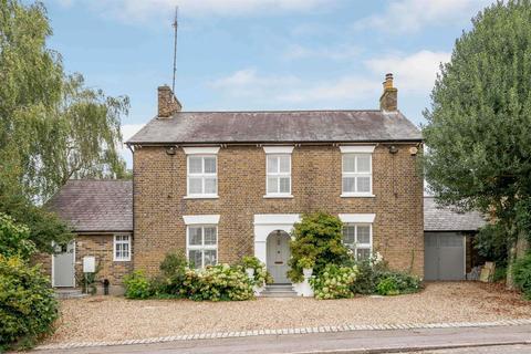 4 bedroom detached house for sale - Junction Road, Warley, Brentwood