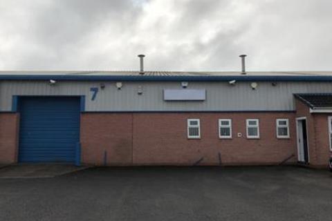 Industrial unit to rent - Unit 7 Croft Court, Sandall Carr Road, Kirk Sandall, Doncaster
