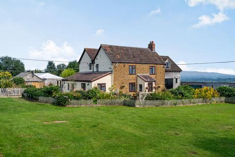 4 bedroom farm house for sale - Elstub Lane, Dursley, Gloucestershire, GL11