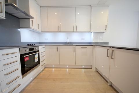 2 bedroom flat to rent - 157-159 High Street, Southgate N14