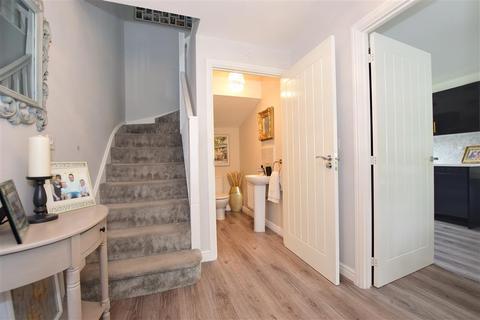 3 bedroom detached house for sale - Templars Drive, Strood, Rochester, Kent