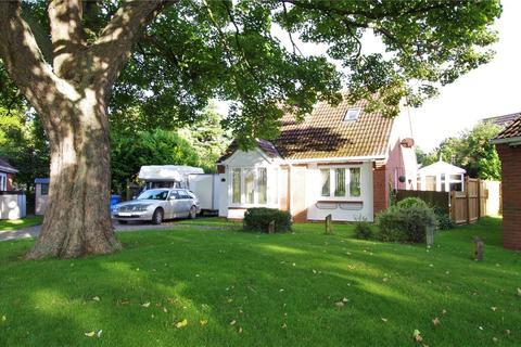 3 bedroom detached house for sale - Charlton Croft, Keyingham, Hull, HU12