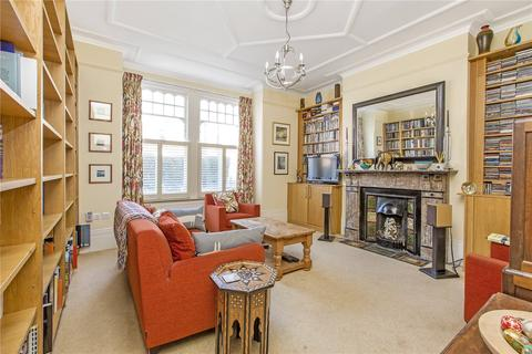 2 bedroom apartment to rent - Huron Road, London, SW17