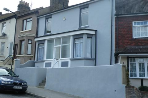 3 bedroom house to rent - Victoria Road, Chatham, ME4