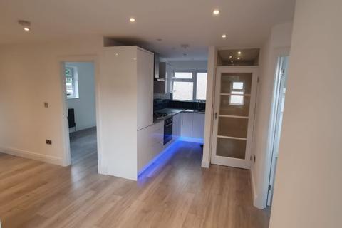 2 bedroom flat to rent - Kingswood Avenue, Belvedere
