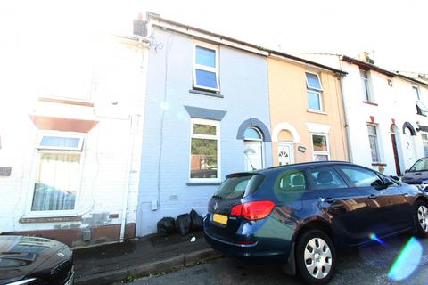 2 bedroom terraced house to rent - Cromwell Terrace, Chatham, Kent, ME4