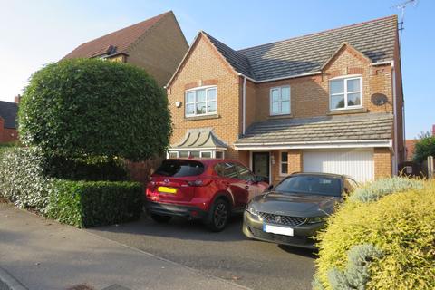 4 bedroom detached house for sale - Villa Rise,Higham Ferrers,Rushden,NN10 8NU