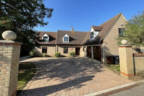 4 bedroom detached house to rent - Holly Lane, Lakenheath