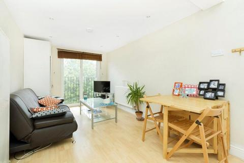 1 bedroom apartment to rent - Upper Tooting Park, Tooting Bec, London, SW17