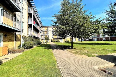 2 bedroom flat for sale - Tristan Court , King George Crescent, Wembley, HA0 2FJ