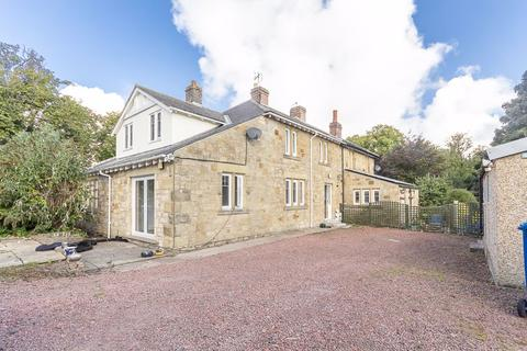 4 bedroom semi-detached house to rent - South End, Longhoughton, Alnwick