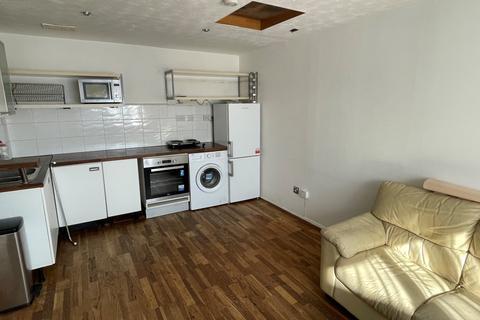 1 bedroom flat to rent - Godwin Close, Sewardstone Road, Chingford