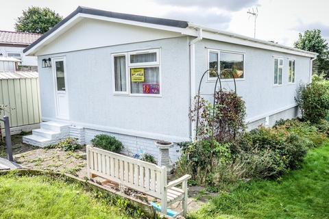 2 bedroom park home for sale - Brookside Mobile Home Park, Bromham, Bedford, MK43