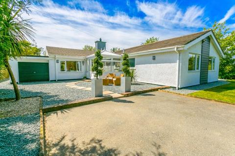 3 bedroom detached bungalow for sale - NEW - Mynydd Mechell, Amlwch