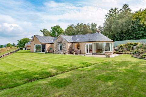 6 bedroom cottage for sale - Devonshaw Cottage, Powmill, Dollar