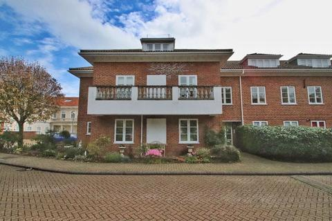 2 bedroom apartment for sale - Elizabeth Court, North Foreland Road, Broadstairs