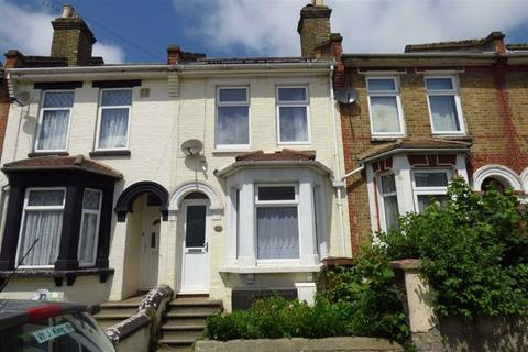 3 bedroom terraced house to rent - Gordon Road, Strood, Rochester