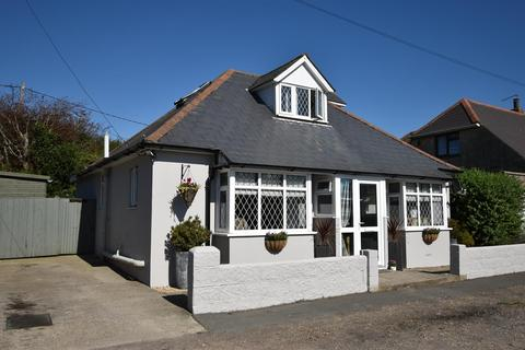 3 bedroom detached bungalow for sale - New Road, Brighstone