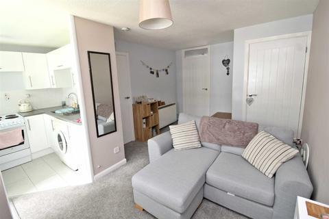 1 bedroom maisonette to rent - Brookside Close, Old Stratford, Milton Keynes