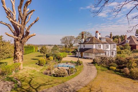 5 bedroom detached house for sale - Camlet Way, Hadley Wood, Hertfordshire