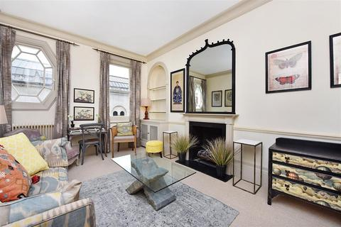 1 bedroom flat to rent - Wilbraham Place Sloane Square London