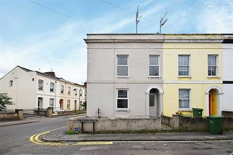 3 bedroom end of terrace house for sale - St. Pauls Parade, Cheltenham, Gloucestershire