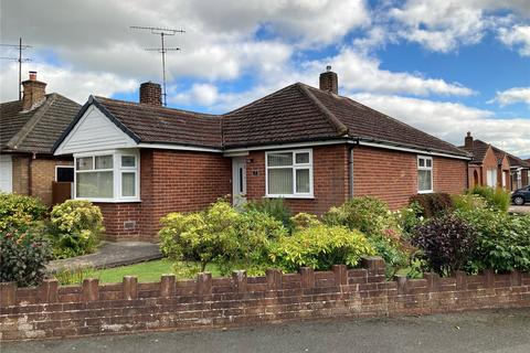 3 bedroom bungalow for sale - Ullswater Crescent, Newton, Chester, CH2
