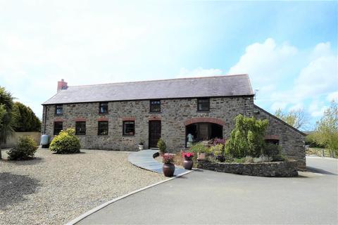 5 bedroom property with land for sale - Cranham Barn, Freystrop, Haverfordwest