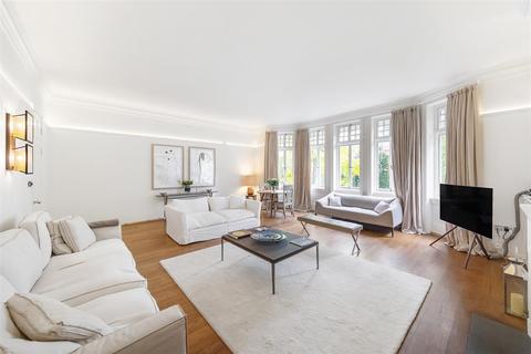 2 bedroom flat to rent - Cadogan Gardens, SW3