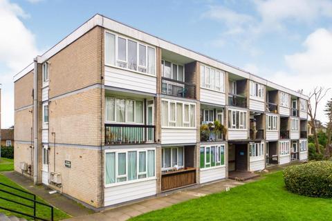 1 bedroom flat to rent - Ashbourne Court, Woodside Park