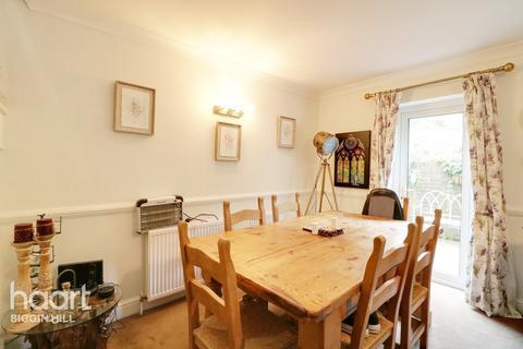 5 bedroom detached house for sale - Keymer Close, Biggin Hill