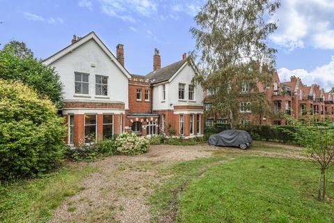 7 bedroom detached house for sale - Kidbrooke Grove London SE3