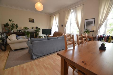 3 bedroom flat to rent - Leith Walk, Edinburgh    Available 11th October
