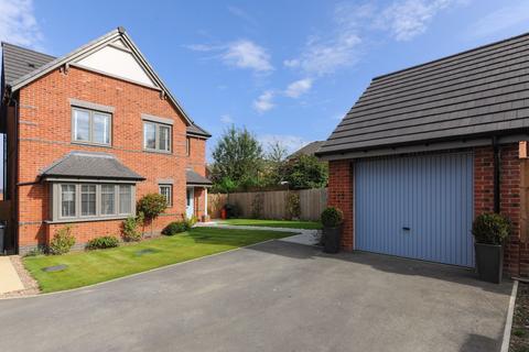 4 bedroom detached house for sale - Cranleigh Road, Mastin Moor, S43