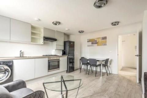 2 bedroom apartment to rent - Mitcham Road, London, SW17