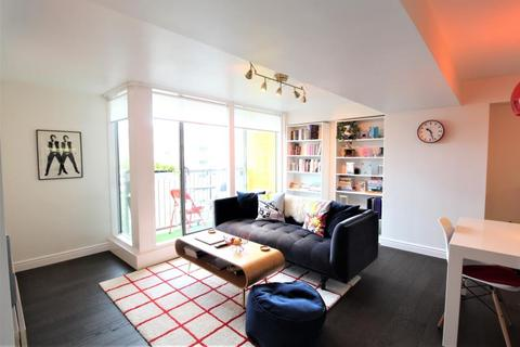 2 bedroom apartment for sale - SAXTON, THE AVENUE, LEEDS, LS9 8FN