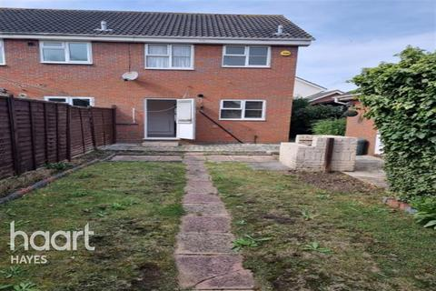 2 bedroom semi-detached house to rent - Wendover Close, Hayes, UB4