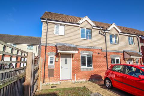 3 bedroom semi-detached house for sale - Redpoll Road, Costessey NR8