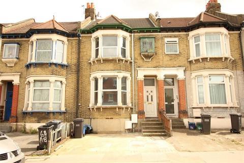 3 bedroom flat for sale - Parchmore Road, Thornton Heath, Surrey