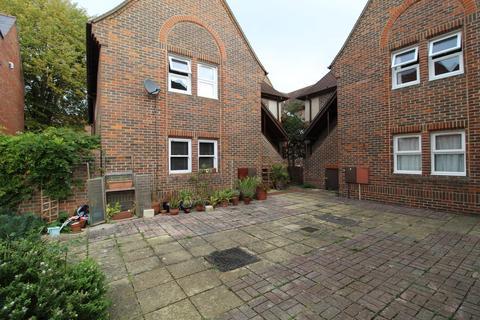 2 bedroom flat to rent - Meadowside Court, Abingdon